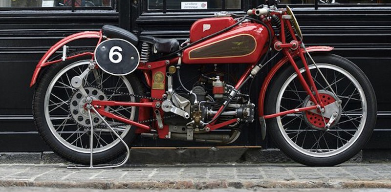 For sale: MOTO GUZZI 250 ALBATROS EX USINE 1939 - MOTO DE COURSE